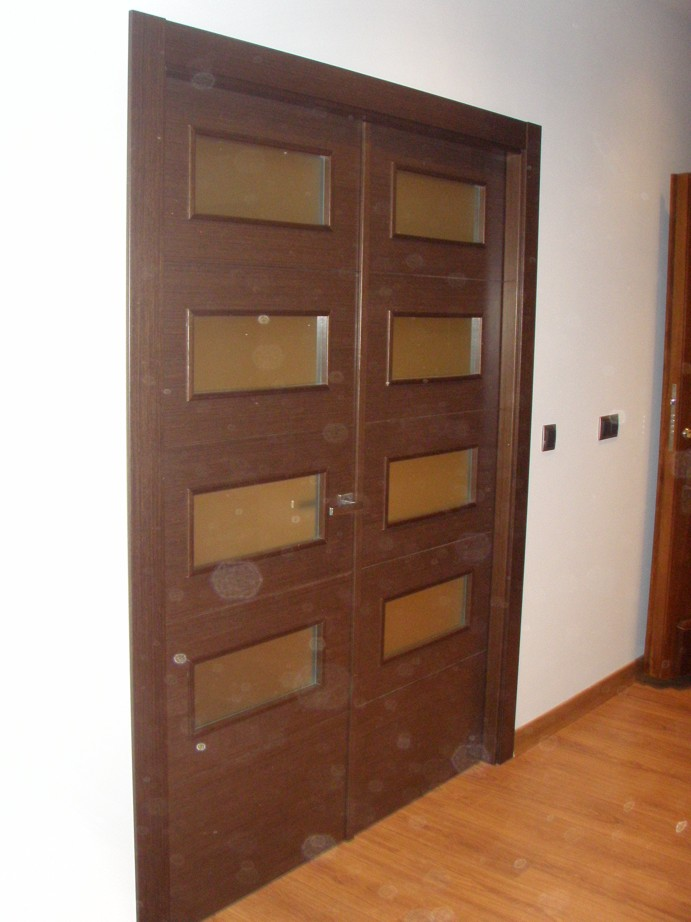Puertas a medida en cuenca carpinteria manchuela for Puertas a medida